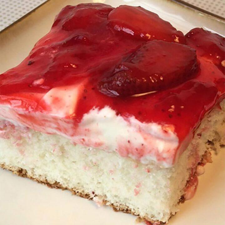 Famous Strawberry Dream Cake