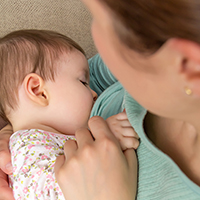 breastfeedingthmb