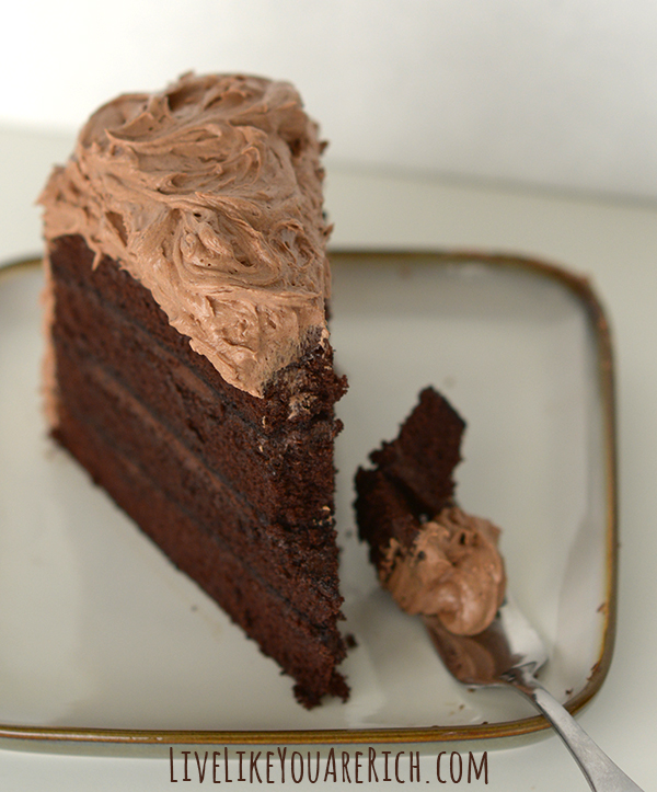 The Best Chocolate Cream Cheese Frosting Recipe