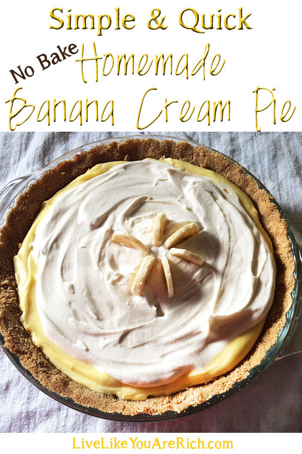 This banana cream pie is super easy, convenient, and delicious!