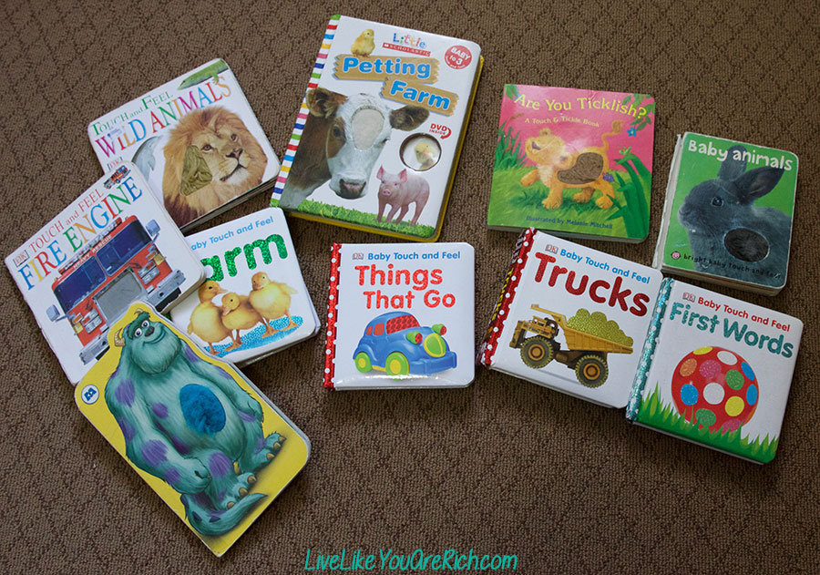 11 Best Types of Books for Newborn to One Year Olds