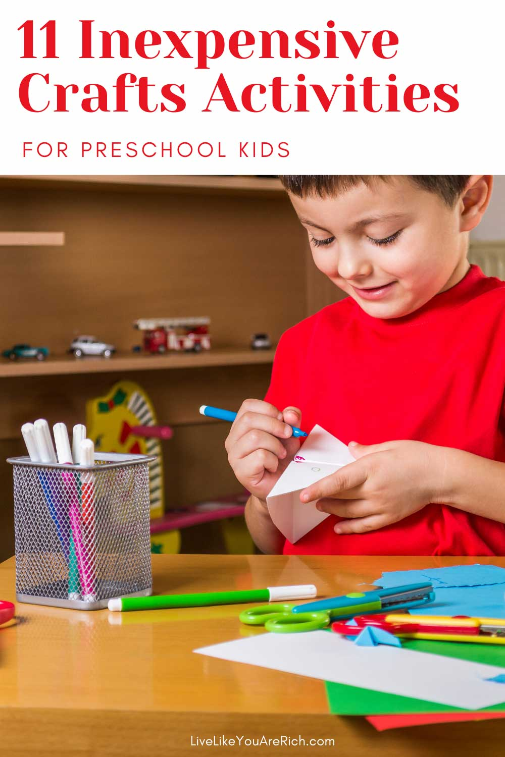Looking for fun preschool age crafts to do at home? Here are some great ones I've rounded up. They are simple, inexpensive, and fun for kids ages 2-5. #crafts #kidsactivities #activitiesforkids