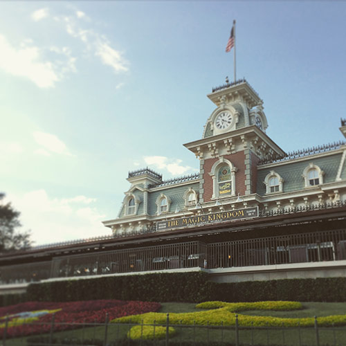 Top 9 Tips for Saving Money at Disney World