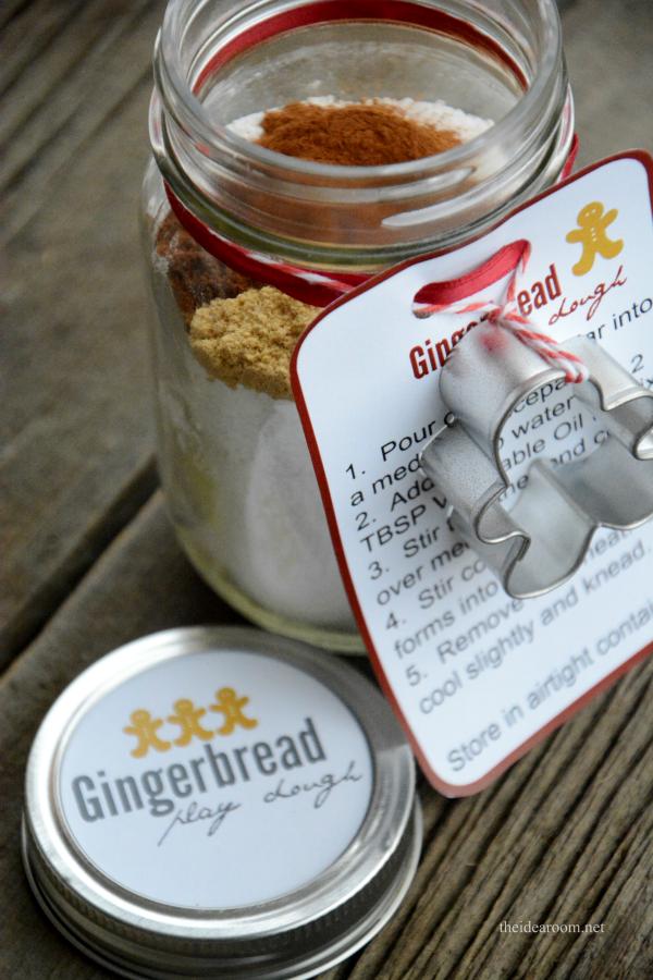 gingerbread-play-dough-recipe-5