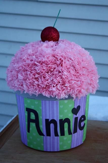 cupcake valentine box