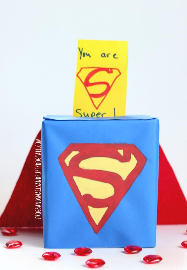 vlanetine-card-box-holder-superman-711x1024