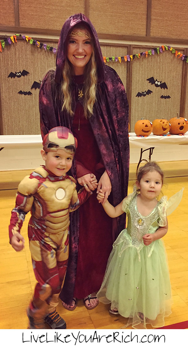 10 Ways to Save Big on Halloween Costumes