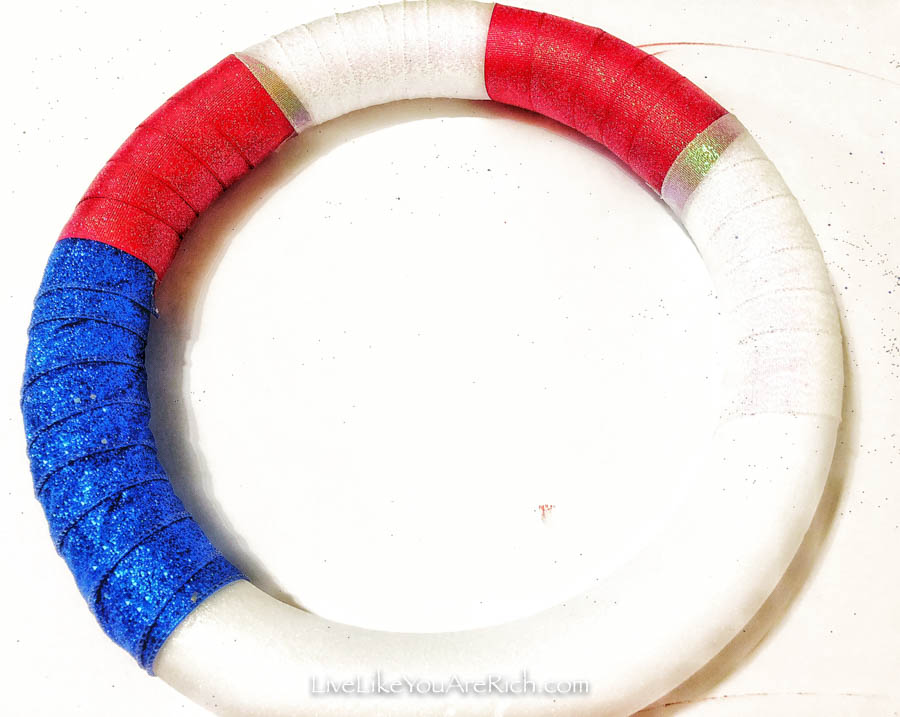 Easy Ribbon Wreath For the 4th of July