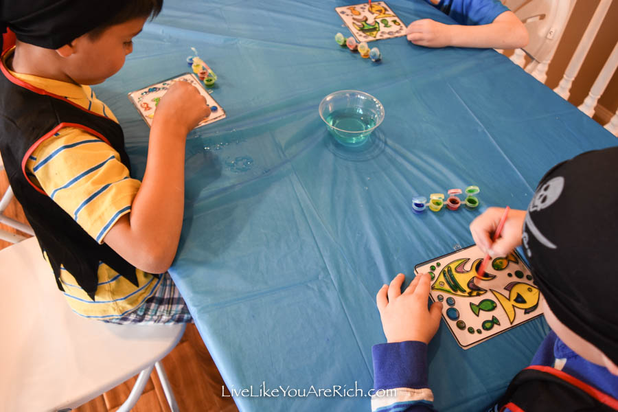 water coloring pirates party activities
