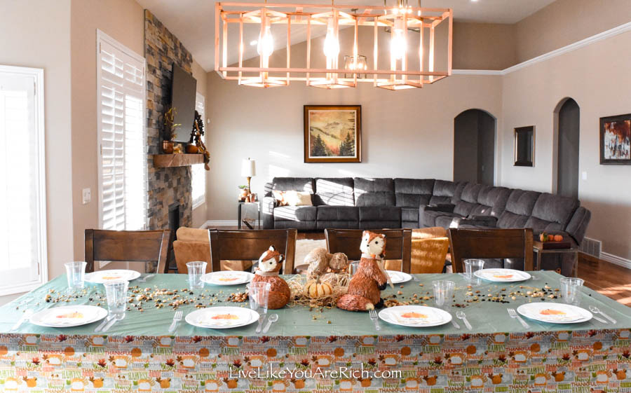Thanksgiving Tablescape for Kids