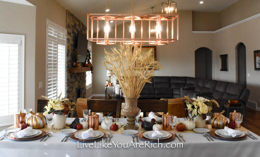 Easy and beautiful Thanksgiving wheat centerpiece
