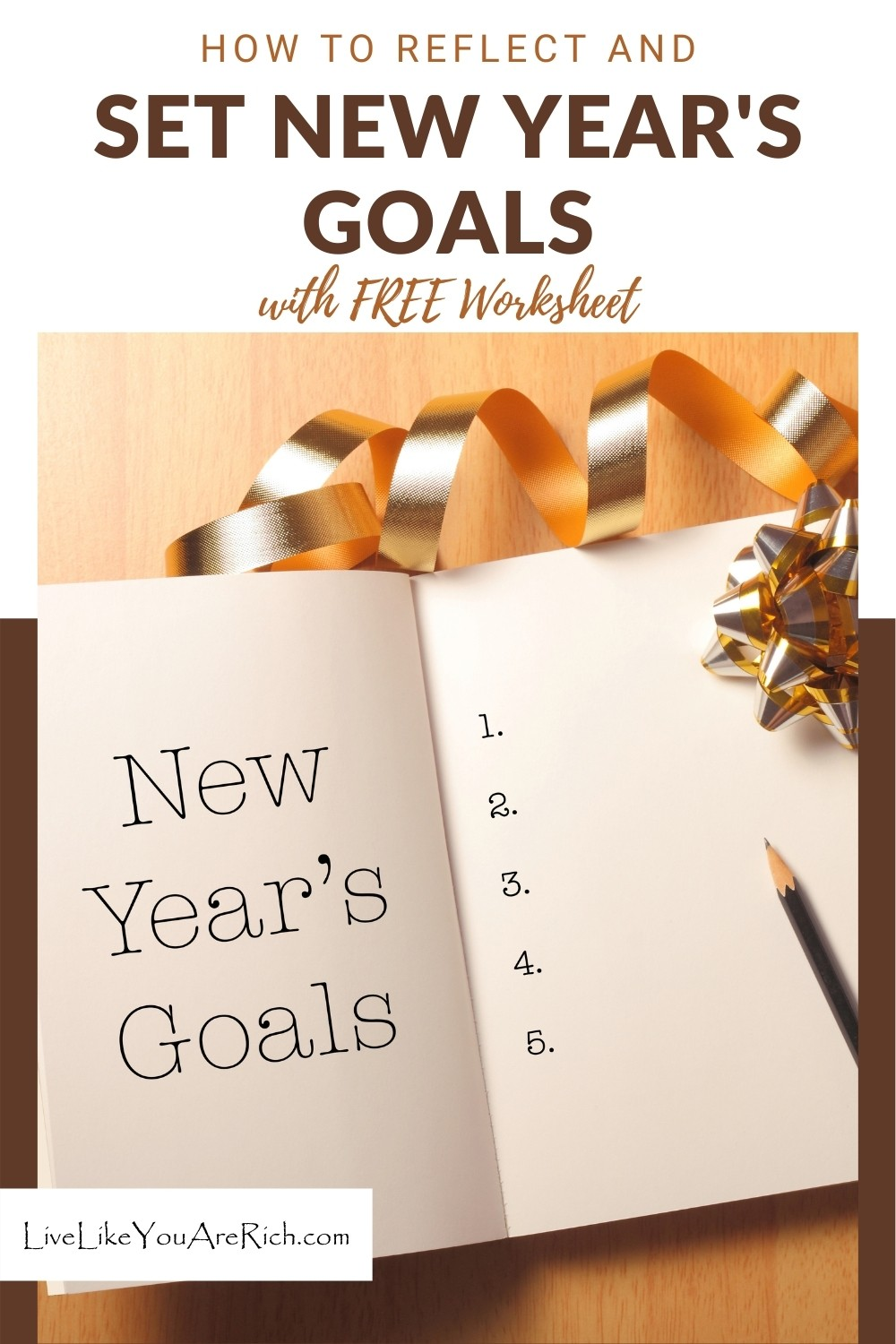 2020 was a tough year for many. Let's hope for better days in 2021! Despite it being a rough year, I still want to stick to the tradition of filling out my New Years Worksheet which I also made available to you as a free printable.