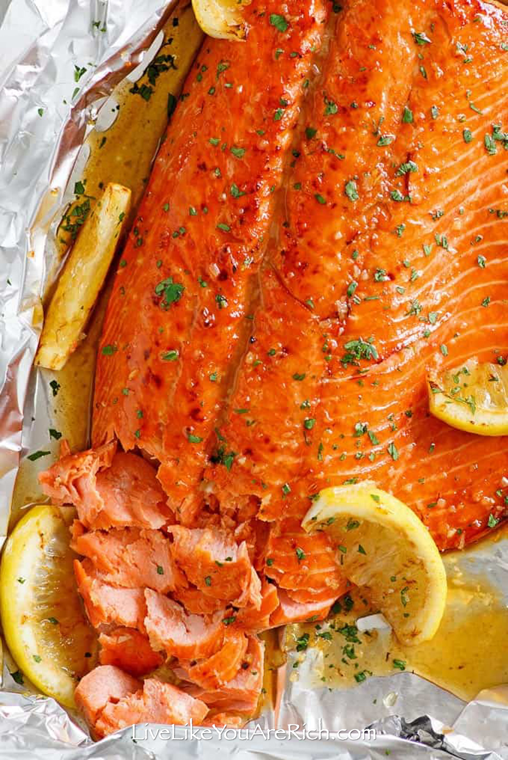 This Brown Sugar Lemon-Garlic Smoked Salmon recipe tasty and delicious