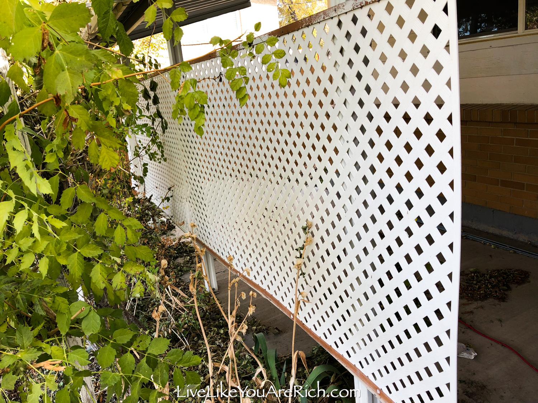 Front exterior home 2 lattices